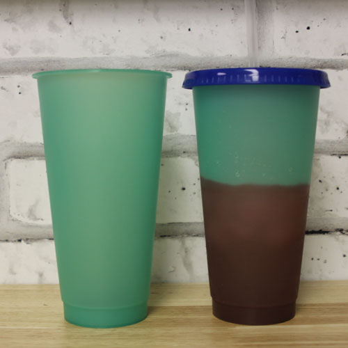 651Vinyl Adds Color Changing Tumblers to Product Line